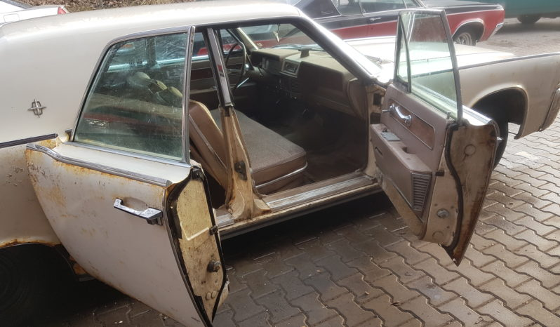 1962 Lincoln Continental Suicide Doors full